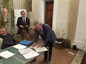Fantozzi firma protocollo via Francigena 20-5-16