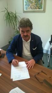 Marchetti firma il passaggio del conto 11-5-15
