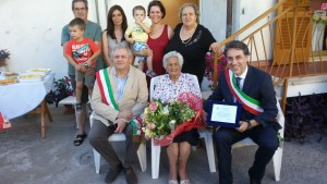 foto centenaria Lenzi Malfisa